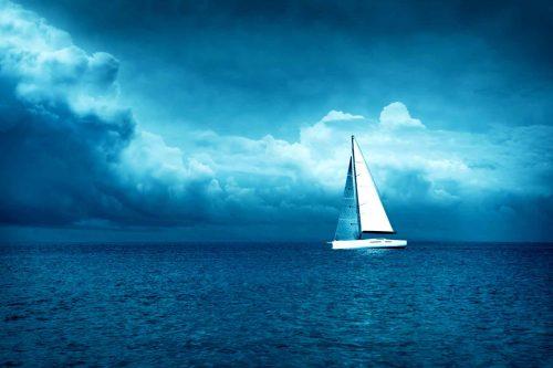 Un bateau prêt à affronter la tempête, illustration de l'autorité parentale, la discipline positive